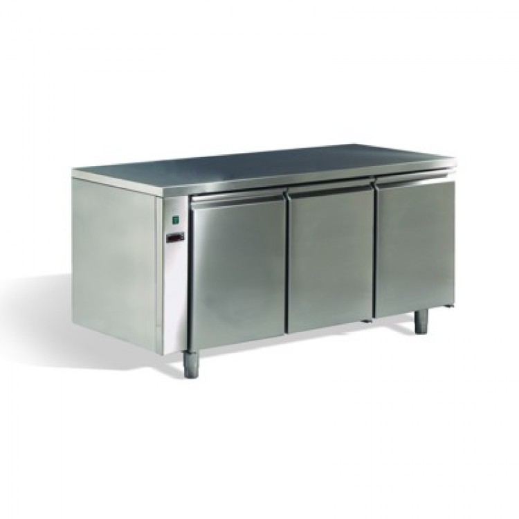 frigo tavolo inox 3 porte remoto 0 8. Black Bedroom Furniture Sets. Home Design Ideas